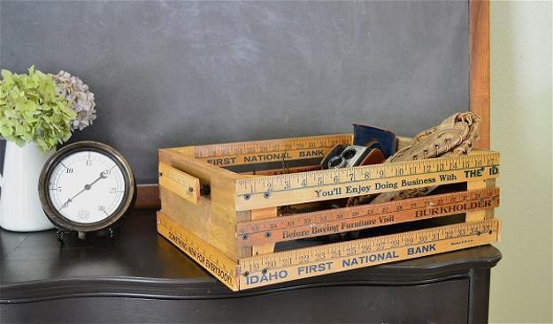 Dřevěný box v interiéru