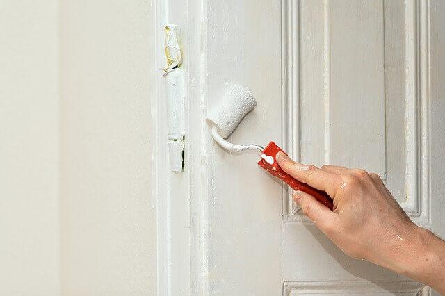 Natíraní dveří