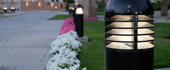 Osvětlení zahrady musí být nejen stylové, ale hlavně funkční a praktické